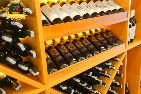 rượu vang Pháp tại Hoàng Quốc Việt
