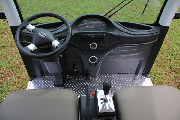 Vì sao xe điện du lịch VNE.CAR 14AC i10 được nhiều đơn vị ưu ái lựa chọn?