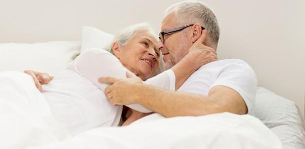 Tình dục ở người cao tuổi và những điều có thể bạn chưa biết
