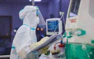 Trình Chính phủ xem xét chính sách hỗ trợ tuyến đầu chống dịch COVID-19