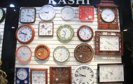 Địa chỉ mua đồng hồ treo tường chính hãng tại Long Biên