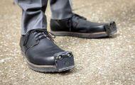 Đôi giày điều khiển bằng AI giúp người khiếm thị tránh vật cản dễ dàng hơn