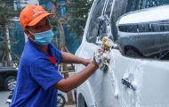 Rửa xe ngày cận Tết 'hốt bạc' 200.000 đồng/lượt, khách vẫn tấp nập
