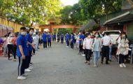 Hơn 15 nghìn thí sinh Vĩnh Phúc 'đội nắng' dự Kỳ thi vào lớp 10