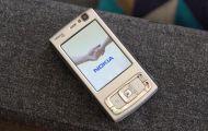 Nhìn lại đối thủ của iPhone đời đầu
