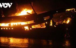 Cháy tàu cá tại Quảng Ngãi, thiệt hại 5 tỷ đồng