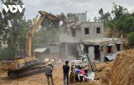 Cưỡng chế 50 nhà xây dựng trái phép ở Nhơn Hội