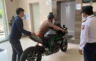 Dân chơi Sài Gòn mua Kawasaki Ninja H2 bạc tỷ để... 'trưng cho đẹp'